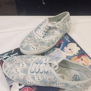 Disney's Frozen Olaf Tennis Shoes